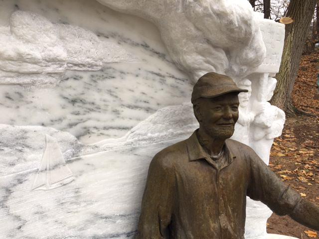 Pete Seeger Statue 4
